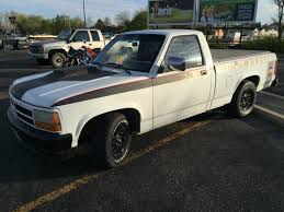 Dodge Dakota Pickup Trucks - this is a 1993 dodge dakota with a 440 magnum under the hood and