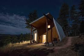 cool cabin dream houses wood exterior of the home gives it cool cabin look