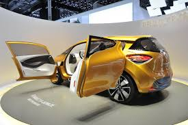 renault geneva geneva 2011 renault u0027s sporty looking r space small mpv concept