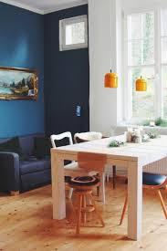 Wohnzimmer Farbe Blau Wandfarbe Petrol Gruen Weiss Kombination Neon Gelber Akryl