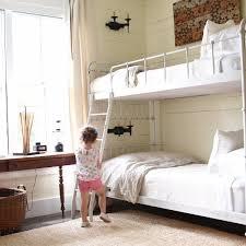 Bunk Bed Pictures Bunk Bed Sheet Bundles From Quickzip Sheet Zip On Zip