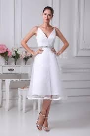 robe pour mariage civil robe de mariée civil satin col en v bretelles fines liserée pas