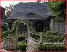 canape cottage canapé cottage 154352 cottage style gates and fences décoration