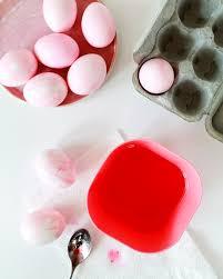 diy marbled easter eggs using food coloring
