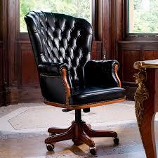 fauteuil de bureau en bois pivotant fauteuil de direction chesterfield en bois en cuir à roulettes