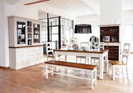 Wohnzimmerschrank Pinie Weiss Landhausstil Wohnzimmer Faszinierend Auf Dekoideen Fur Ihr Zuhause