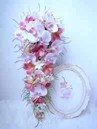 fleur artificielle mariage bouquet de mariée en cascade frangipanier plumeria orchidée