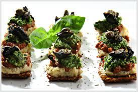 vegan pizza recipe mini flax pizza bites the raw chef