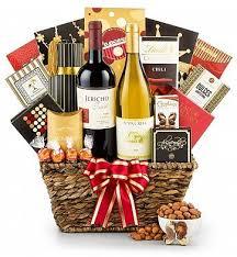 Christmas Gift Baskets Ideas The 25 Best Wine Baskets Ideas On Pinterest Wine Bridal Shower