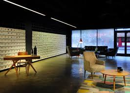the shop bureau de change bureau de change places projections in made com showroom tiny