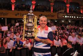 phil taylor chasing six of the best in blackpool live darts com