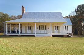 simple farmhouse plans kinda like this but with black windows no side porch bill