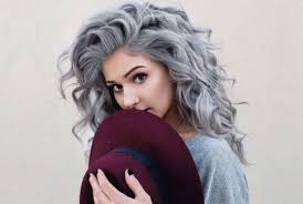 trendy grey hair 7 trendy grey and silver hairstyles for spring gilscosmo com