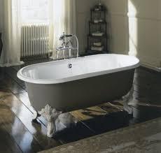 Riesige Badewanne Sanitär Gerhardt Baustoffe