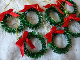 mini tinsel wreaths ornaments diy christmas vintage style
