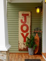 vintage and country holiday decor for a front porch decorating