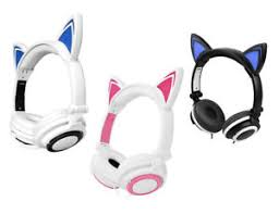 light up cat headphones techcomm k7 led headphones with light up pointy cat ears for kids