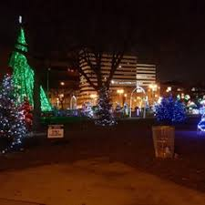 christmas tree lighting milwaukee cathedral square park 30 photos 15 reviews parks 520 e wells