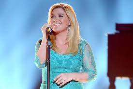 kelly clarkson shares two more pieces of u0027piece by piece u0027 spin