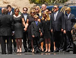 ford family betty ford s family arrives at palm desert church for service