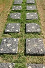 Backyard Stepping Stones by 35 Gorgeous Garden Pathways To Tiptoe On Garden Lovers Club