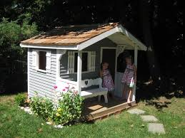 Backyard Play Houses by 57 Best Playhouses Images On Pinterest Playhouse Ideas Backyard