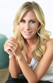 Something Blue Emily Giffin Emily Giffin Official Biography
