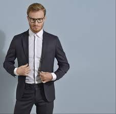 tenue de ville homme faut il rentrer sa chemise dans son pantalon look u0026 mode