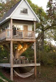 Tree Houses Around The World 17 Of The Most Amazing Treehouses From Around The World Carbon