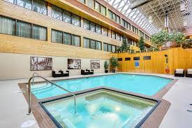 jasper hotels book jasper hotels in jasper national park jasper hotel sawridge inn conference centre alberta canada