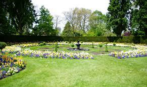queen marys garden reneedezvous