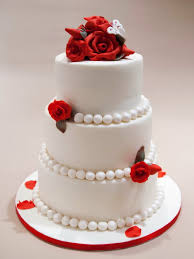 red velvet rose wedding cake with pearls wedding idea