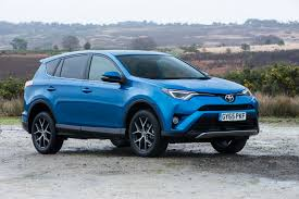 toyota rav4 2017 toyota rav4 gets more safety kit in the uk retails from 23 755