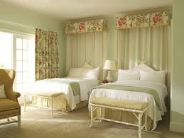 Pretty Guest Bedrooms - 176 best furnishings bed drapery images on pinterest bedrooms