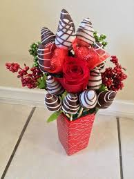 arrangement fruit chocolate covered strawberries arrangement