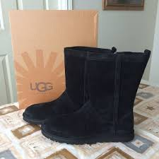 womens ugg lo pro boot chestnut ugg hp ugg lo pro perf ii from pearlie s closet s