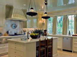 Kitchen Floor Plans With Islands Classic White Kitchen Island Using White Granite Countertop For
