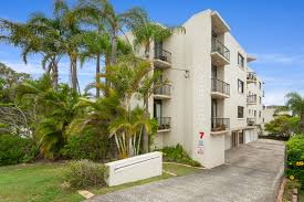 2 7 upper terrace kings beach qld 4551 4551 property group