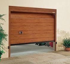 porta garage sezionale prezzi portoni in legno per garage idées de design d intérieur
