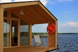 Pontoon Houseboat Floor Plans by Small Houseboat Fabulous Small Houseboat Home Decorating Photo To