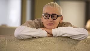 Black Guy With Glasses Meme - orange is the new black s lori petty absolutely thinks lolly