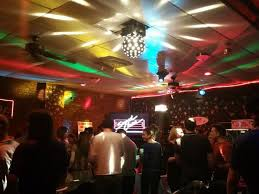 night before thanksgiving bar sing your heart out every night at boston u0027s karaoke bars