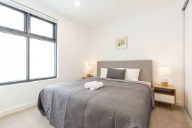 book ellia apartment doncaster in doncaster hotels com