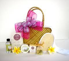 island gift basket same 152 best hawaiian gift baskets exquisite basket expressions images