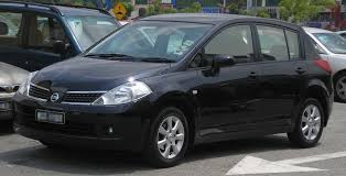 nissan tiida latio 2015 file nissan latio hatchback first generation front serdang