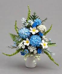 white and blue floral arrangements pepperwood miniatures floral design arrangements