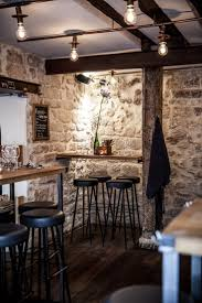 Rangement Pour Cave A Vin 25 Best Bar A Vin Ideas On Pinterest éclairage De Bouteille De