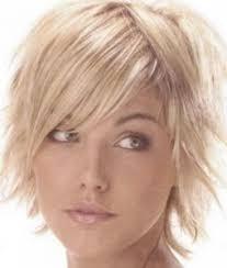 medium short haircuts thin women medium haircut