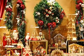 the world s largest collection of traditional ornaments