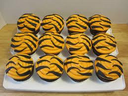 best 20 tiger cupcakes ideas on pinterest safari cupcakes lion